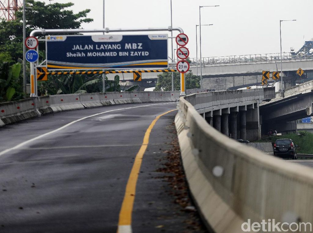 Tol Layang MBZ Arah Jakarta Ditutup Sementara