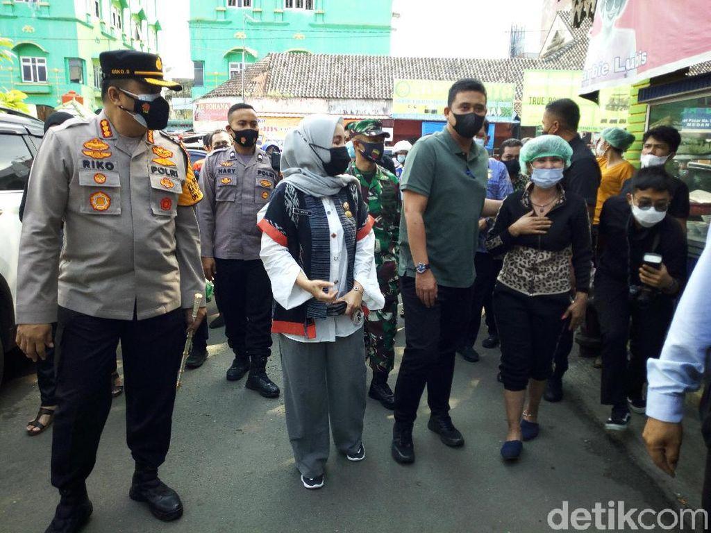 Cek Pusat Pasar Medan Jelang Lebaran, Bobby Ingatkan Jaga Prokes