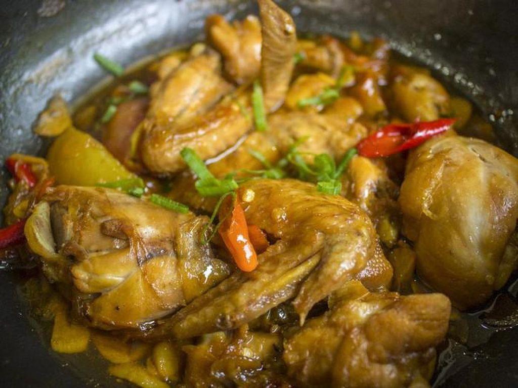 Resep Semur Ayam dan Tahu yang Selalu Jadi Kesukaan Keluarga