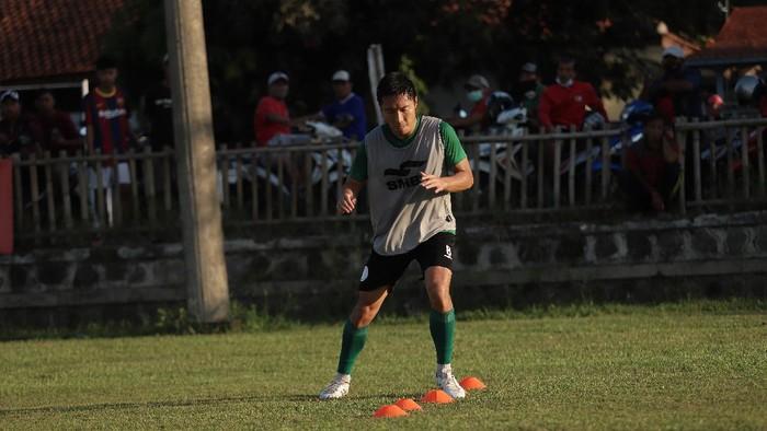 Arthur Irawan saat berlatih.