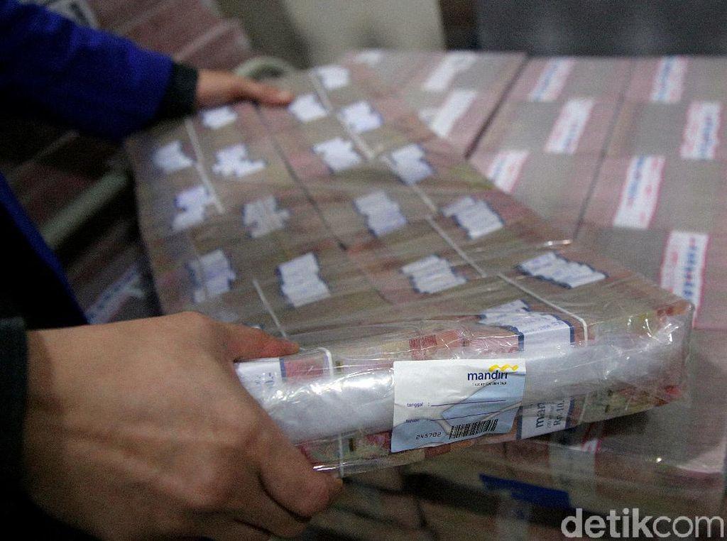 Bank Mandiri Siapkan Uang Tunai Rp 20,8 T Jelang Lebaran