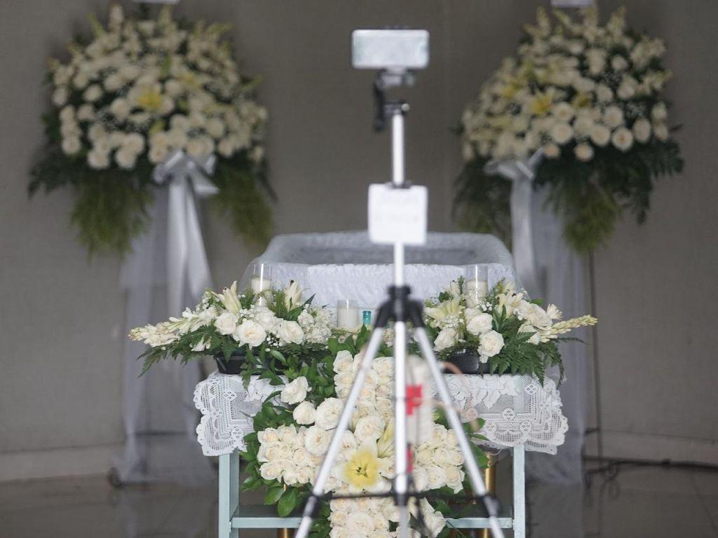 Keluarga Persiapkan Pemakaman Raditya Oloan di San Diego Hills
