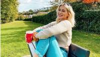 8 Potret Model Jess Davies yang Fotonya Tanpa Busana Tersebar di Internet