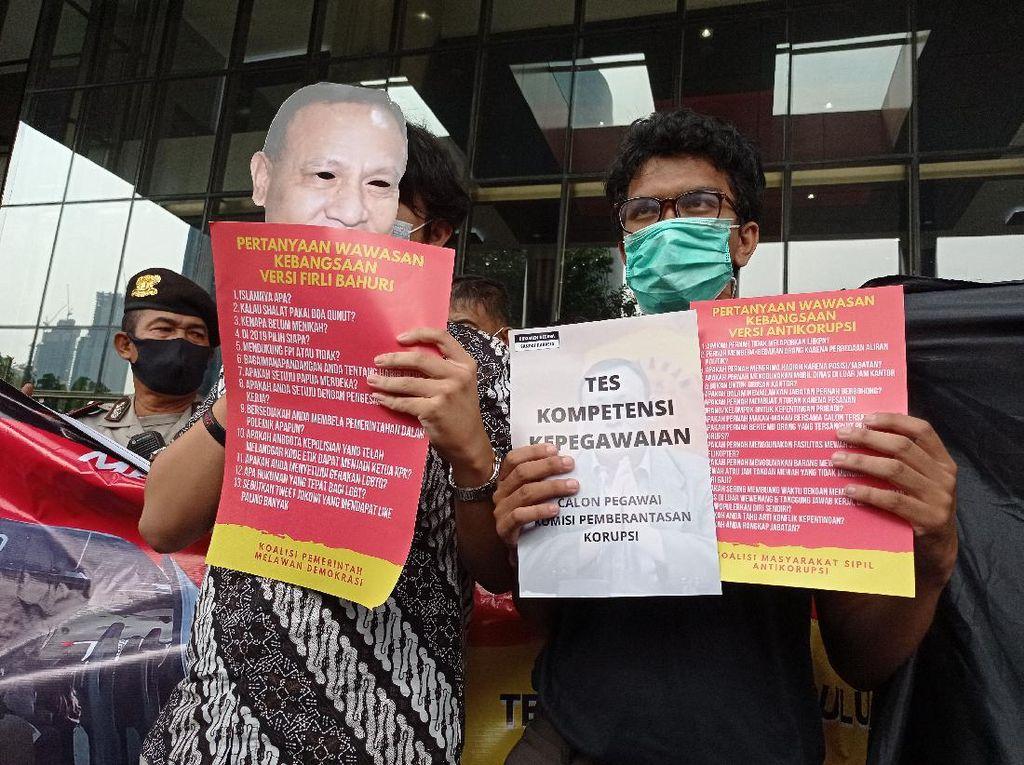 Gelar Aksi di KPK, Koalisi Sipil Tuntut Firli Diuji Wawasan Antikorupsinya