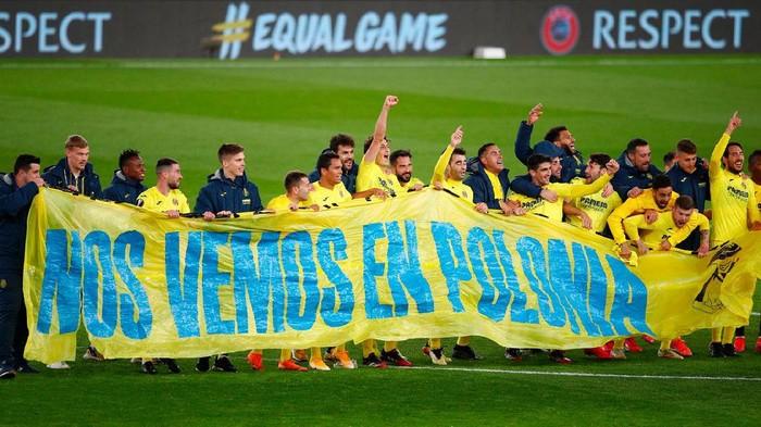 Villarreal merayakan keberhasilan mereka ke final Liga Europa usai menyingkirkan Arsenal di babak semifinal di Emirates Stadium, London, 7 Mei 20201.
