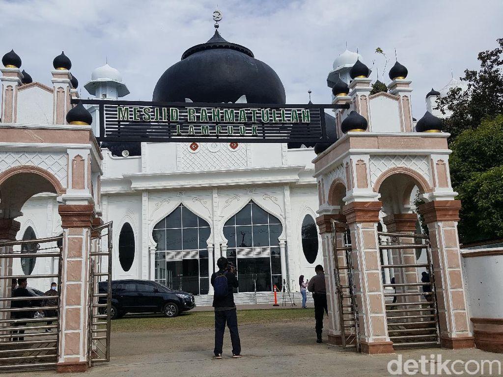 Foto: Masjid yang Berdiri Kokoh Walau Dihantam Tsunami Aceh