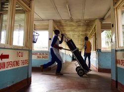 Menakut-nakuti Warga soal Stok Oksigen Menipis, RS di India Digerebek Polisi