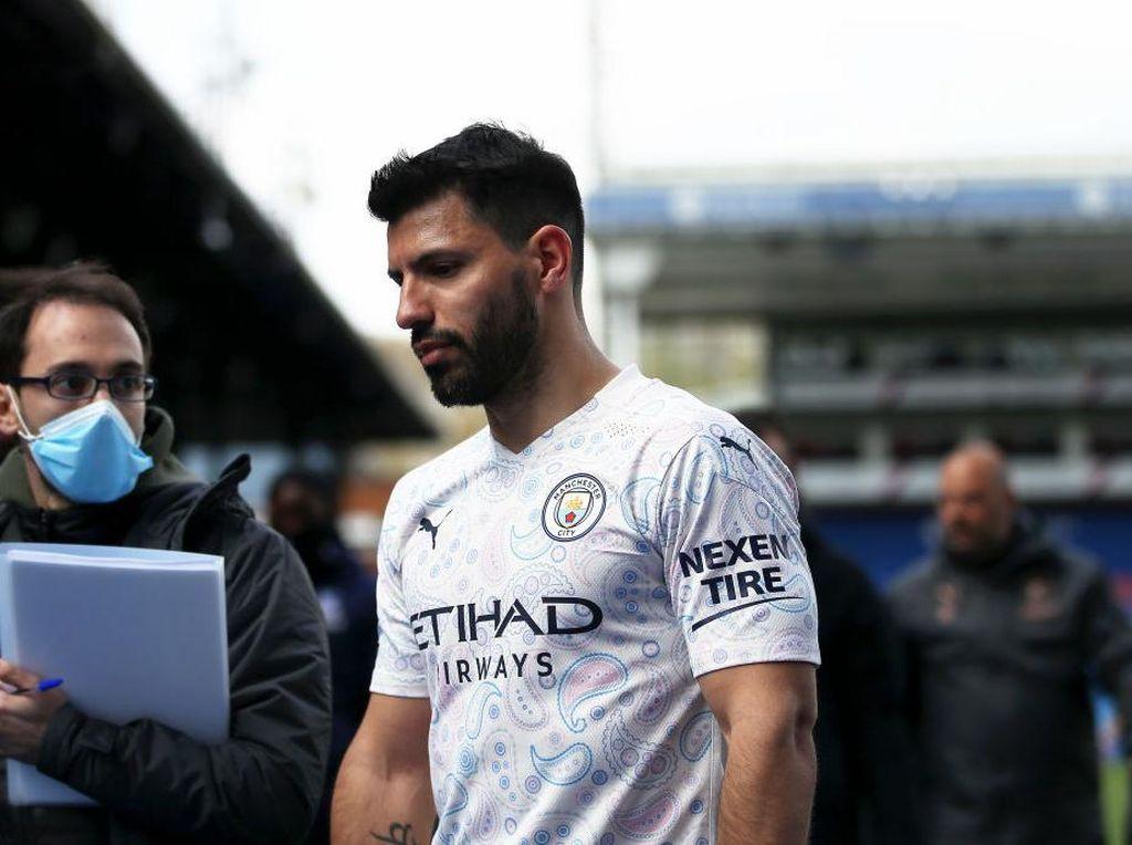 Tinggalkan Man City, Aguero Hibahkan Range Rover-nya untuk Staff Klub