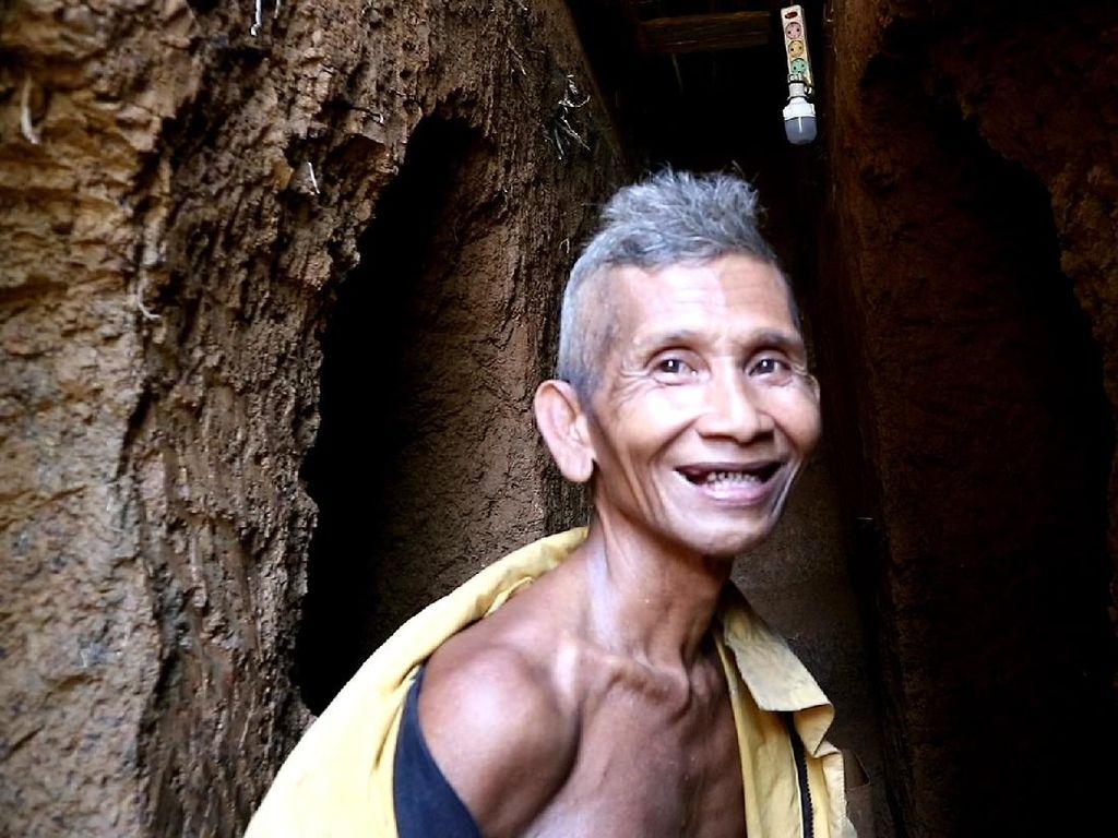 Mimpi Kakek Zainuddin di Balik Rumah Bawah Tanah