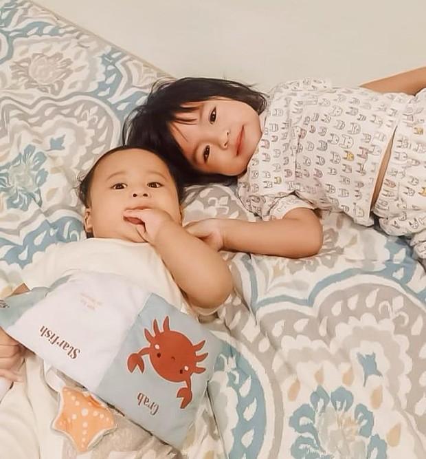 Kedua anak Raditya Dika