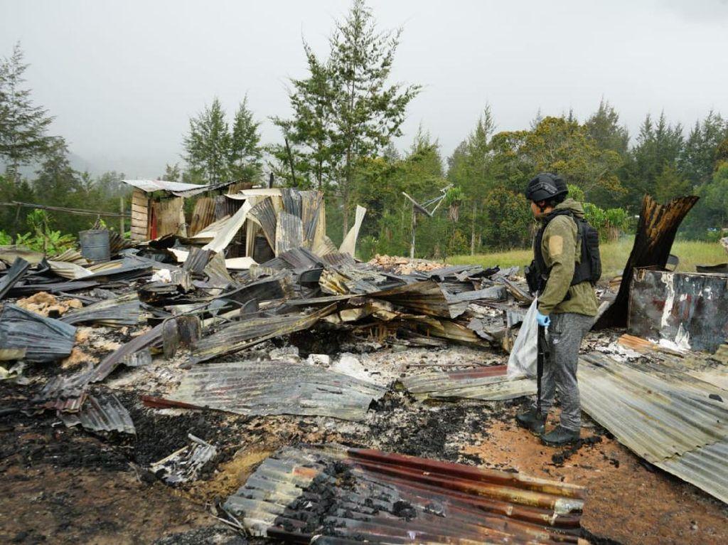 Penampakan Rumah Pegawai Dinsos yang Dibakar Teroris KKB di Ilaga