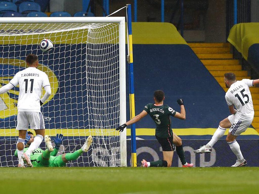 Babak I Tuntas, Tottenham Tertinggal 1-2 dari Leeds