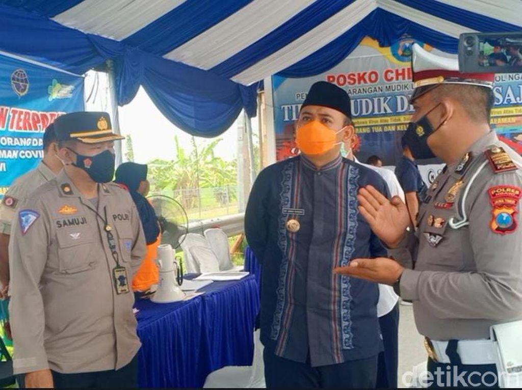 2 Orang Positif Saat Rapid Antigen di Penyekatan Exit Tol Ngawi