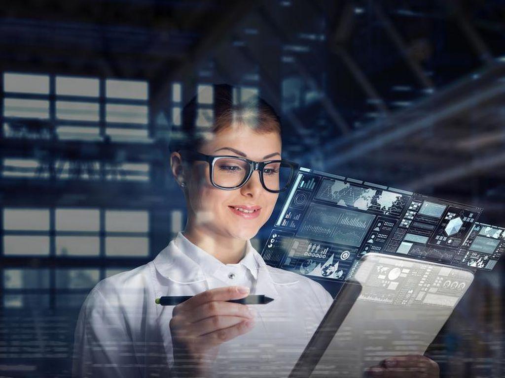 Perempuan & Orang Miskin Terpinggirkan Penguasaan Teknologi, Kenapa?