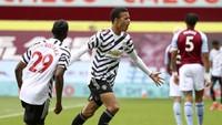 Aston Villa Vs Man Utd: Comeback, Setan Merah Menang 3-1