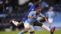Kesal! Sterling Heran Tak Dapat Penalti Saat Man City Vs Chelsea