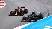 Hasil F1 GP Spanyol: Hamilton Juara Usai Bersaing Sengit dengan Verstappen