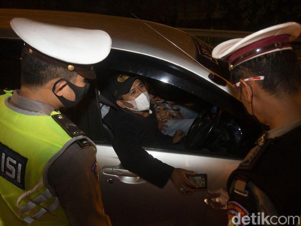 Deretan Strategi Polisi Buntut Pemudik Terobos Penyekatan