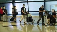 Warga China Berbondong-bondong Tinggalkan Indonesia per 1 Juli, Ada Apa?