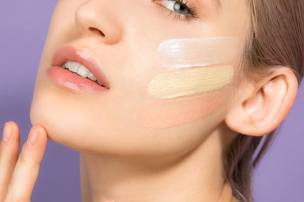 foto: Ratakan tekstur dengan primer/freepik.com