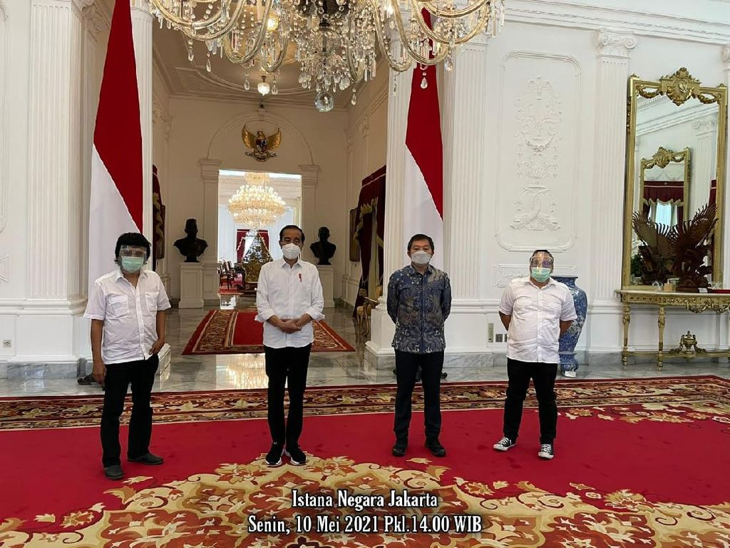 Adian Napitupulu Bertemu Jokowi di Istana, Bahas Apa?
