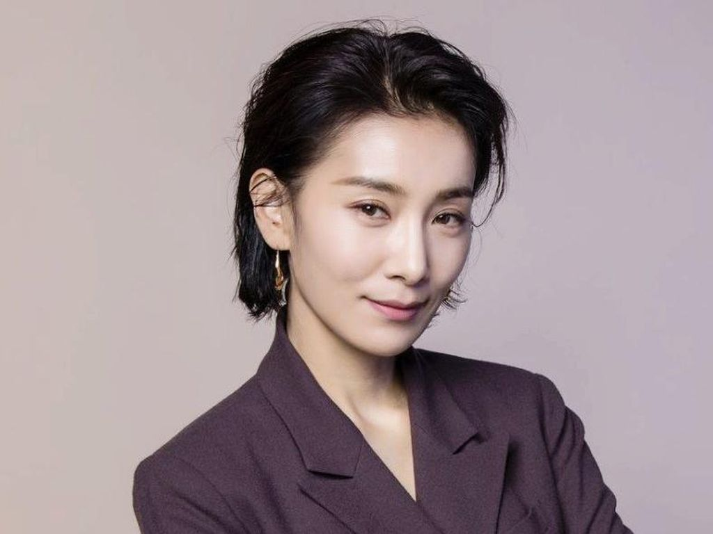 Kenalan dengan Kim Seo Hyung, Menantu Konglomerat di Drama Korea Mine