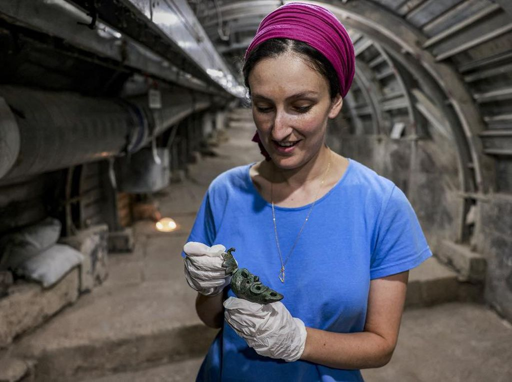 Lampu Minyak untuk Sesajen Berusia 2.000 Tahun Ditemukan di Yerusalem