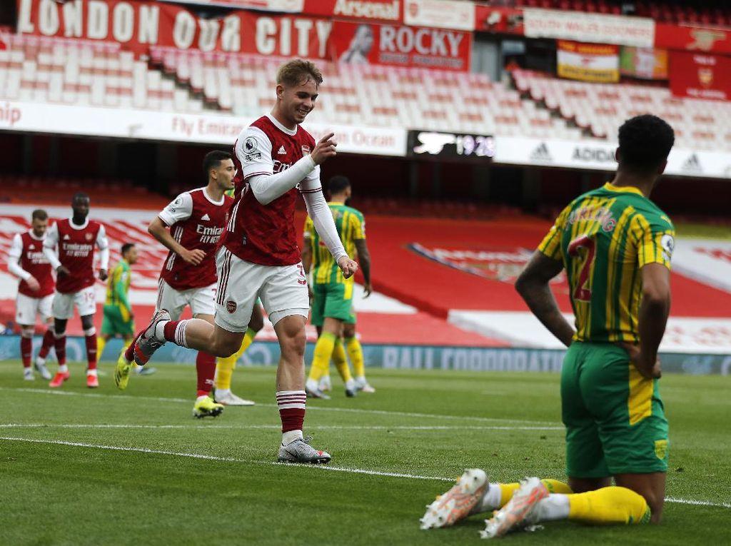 Arsenal Ungguli WBA 2-0 di Babak Pertama