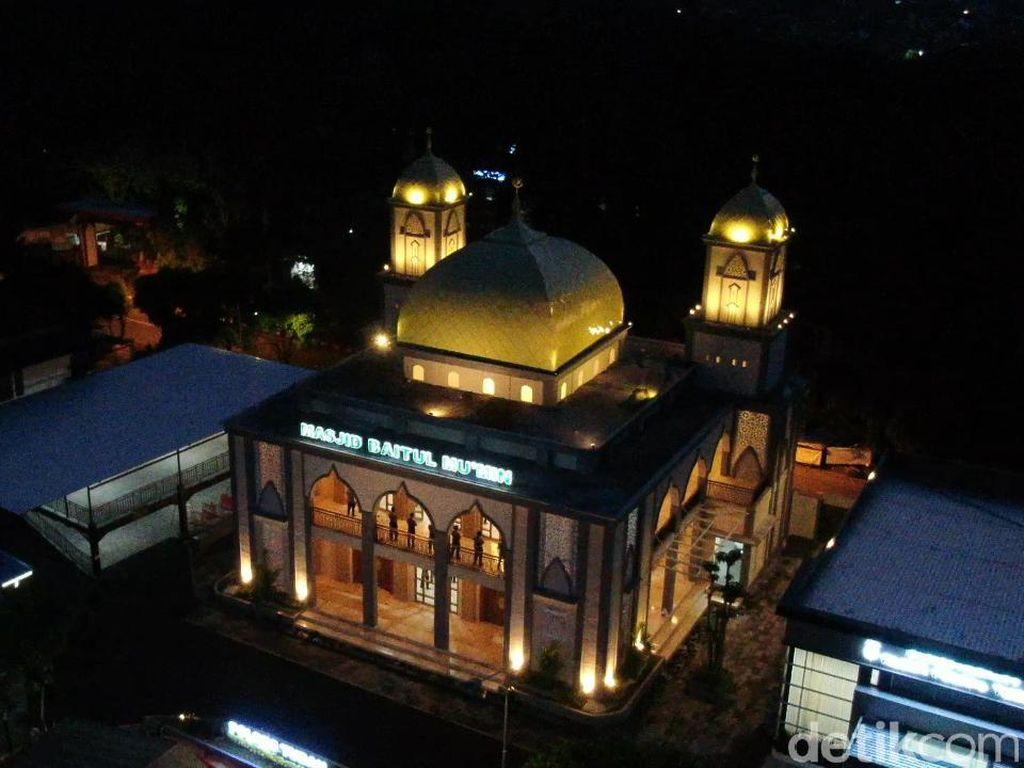 Masjid Ala Timur Tengah Berdiri Megah di Bumi Wali Tuban