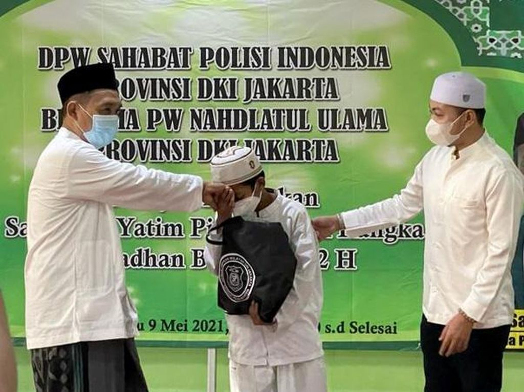 Ramadhan jadi Momentum Berbagi dengan Anak Yatim
