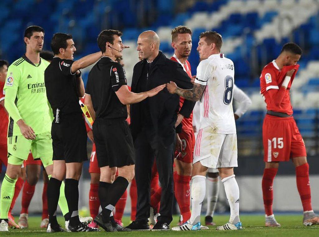 Zidane Ogah Bikin Ribut soal Wasit