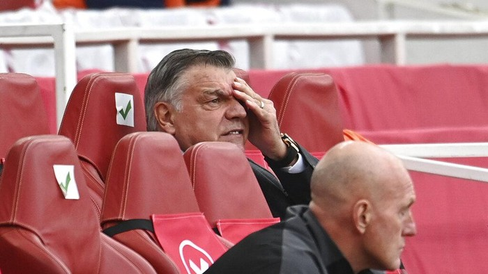 West Bromwich Albions manager Sam Allardyce reacts during the English Premier League soccer match between Arsenal and West Bromwich Albion at the Emirates Stadium in London, England, Sunday, May 9, 2021. (Andy Rain/ Pool via AP)