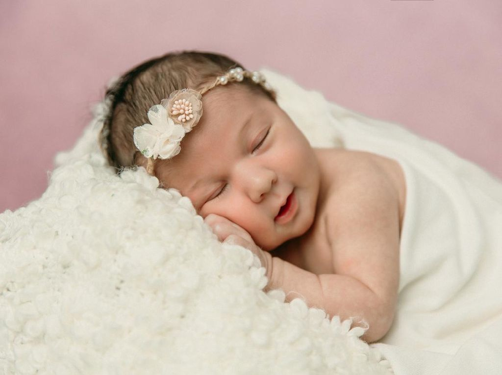 60 Nama Bayi Perempuan Islami Awalan A - Z