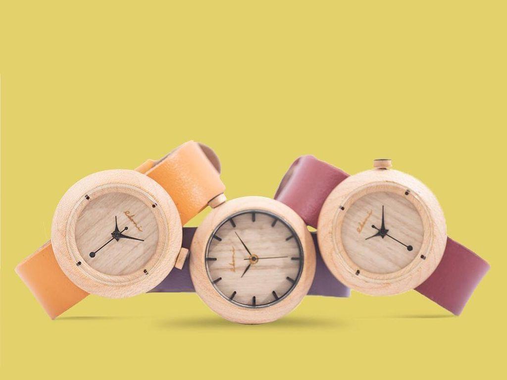 Cara Menulis Jam dalam Bahasa Inggris Lengkap dengan Rumusnya