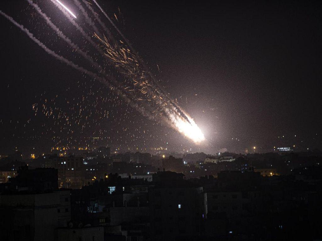 Rekaman Gempuran Israel ke Gaza Sesaat Sebelum Gencatan Senjata