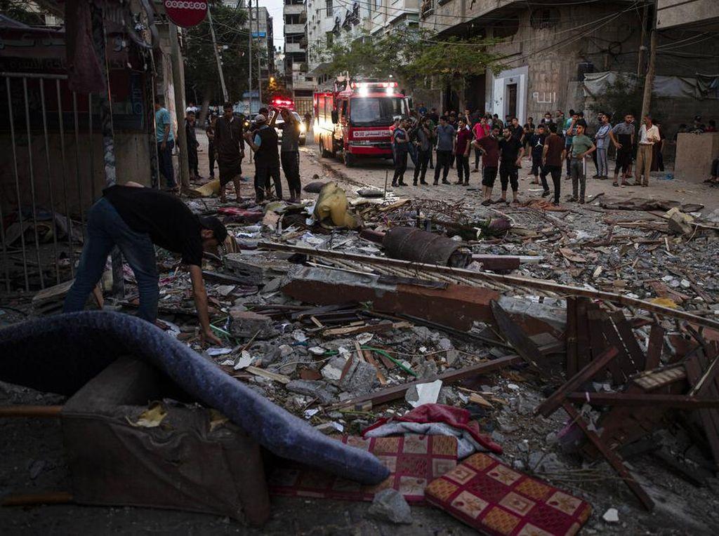 Kota Gaza Porak Poranda Usai Digempur Serangan Udara Israel