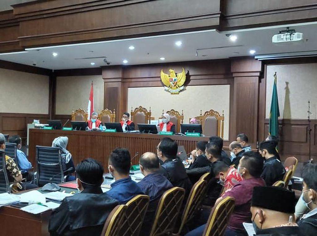 Jaksa Tuntut Uang Rp 51,7 M di Bank Garansi Ekspor Benur Dirampas Negara