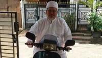 Kenangan Tengku Zulkarnain, Keliling Berdakwah Naik Vespa