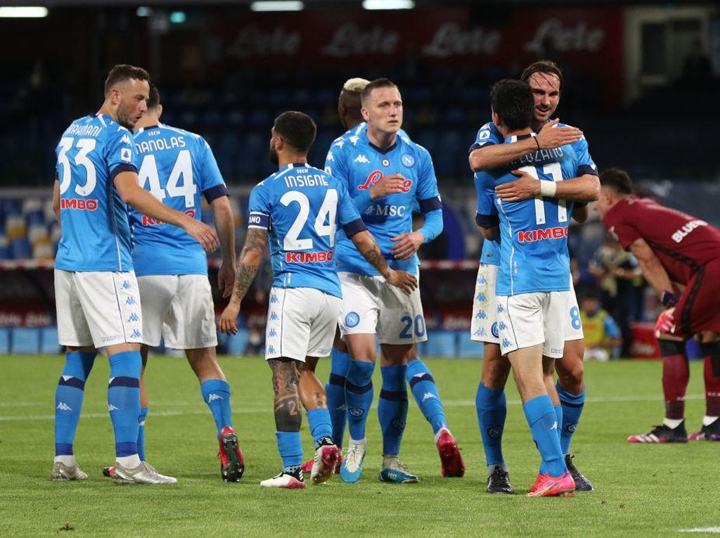 Napoli Vs Udinese: Pesta Gol 5-1, Il Partenopei ke Urutan Kedua