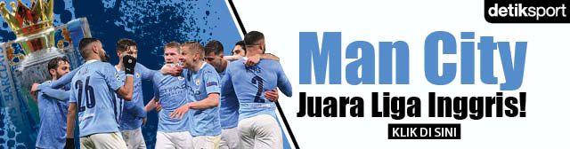 Banner Man City Juara