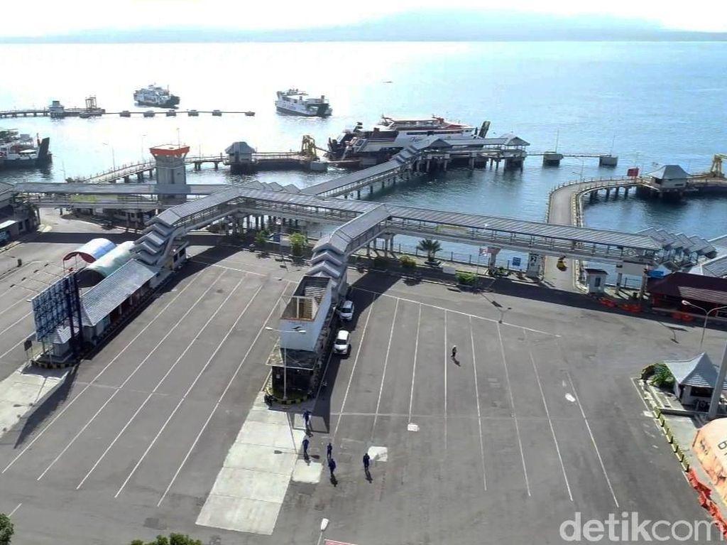 Penumpang Ferry Turun Drastis Imbas Pandemi, Logistik Naik 13%