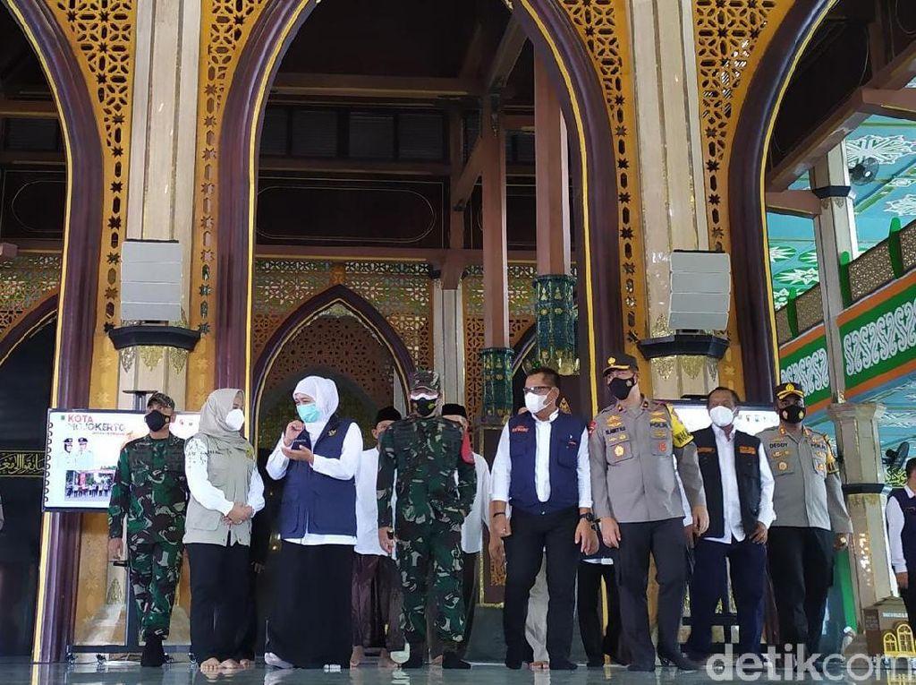 Gubernur Khofifah Cek Persiapan Salat Id di Masjid Kota Mojokerto