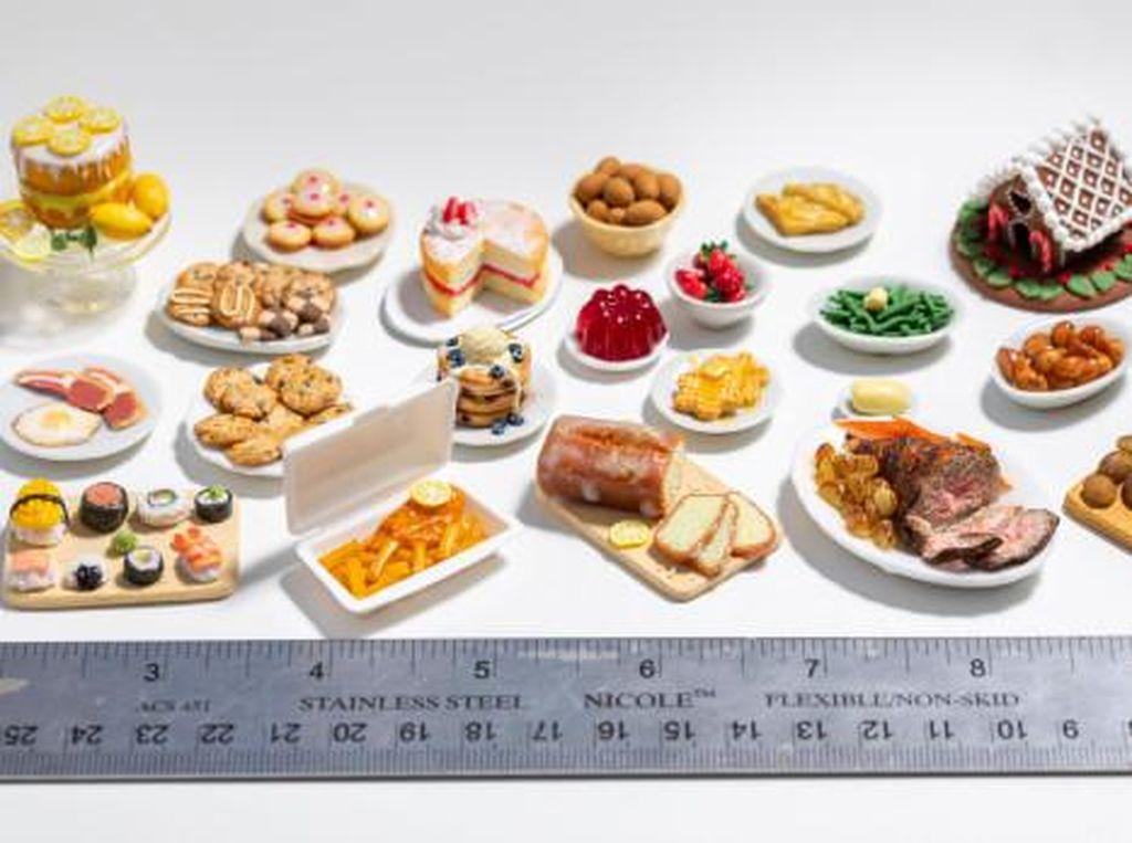 Iseng Bikin Miniatur Makanan, Ibu Ini Malah Kebanjiran Pesanan