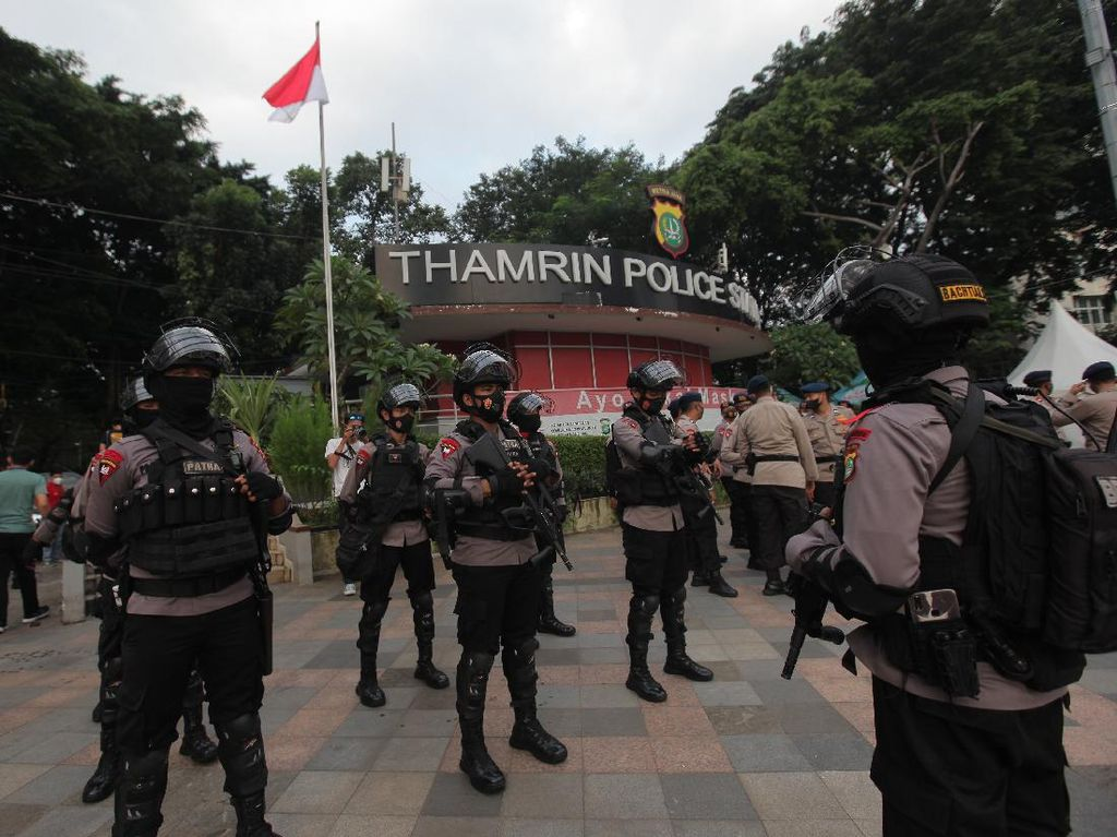 Ribuan TNI-Polri Amankan Malam Takbiran di Jakarta