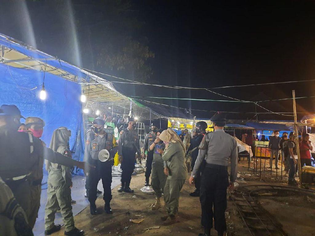 Pasar Malam di Taman Kerato NTB Dibubarkan Polisi