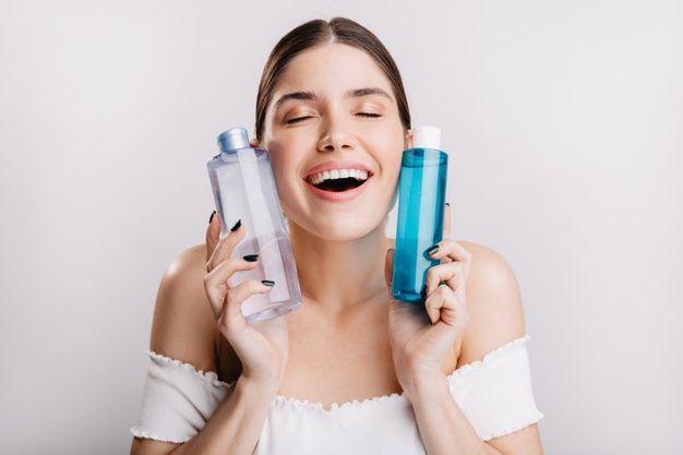 Skincare dengan Dua Kandungan Berbeda/Freepik