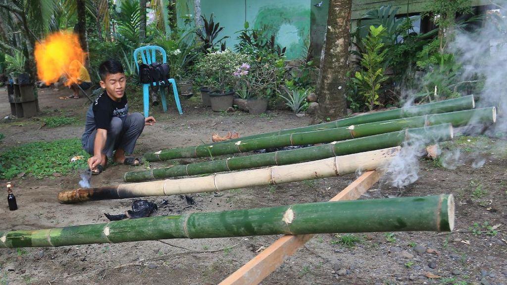 Nostalgia Meriam Bambu Sambut Hari Raya Idul Fitri