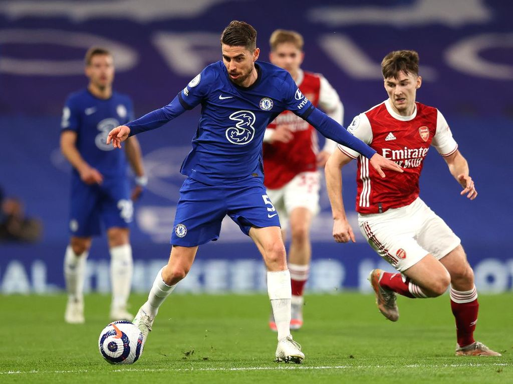 Kalah dari Arsenal, Chelsea Berisiko Dipepet Liverpool