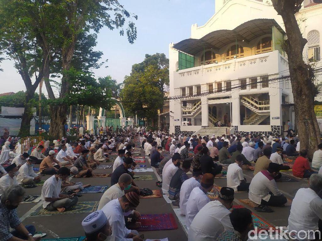 Jemaah Sewa Hotel demi Salat Id di Istiqlal, Akhirnya ke Masjid Cut Meutia