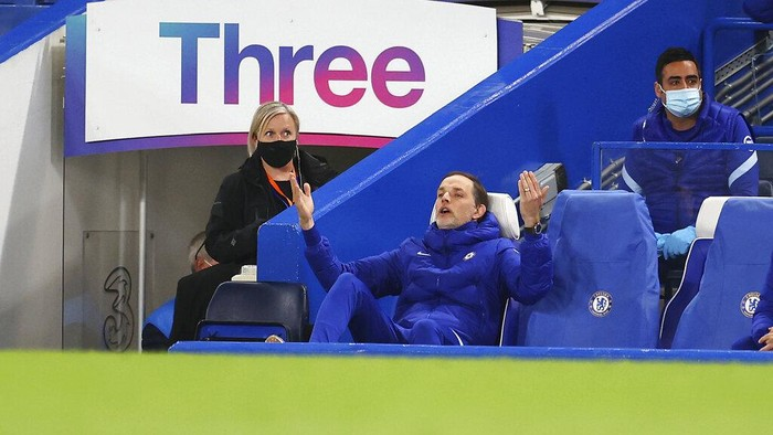 Chelseas head coach Thomas Tuchel gestures during the English Premier League soccer match between Chelsea and Arsenal at Stamford Bridge stadium in London, England, Wednesday, May 12, 2021. (Catherine Ivil, Pool via AP)